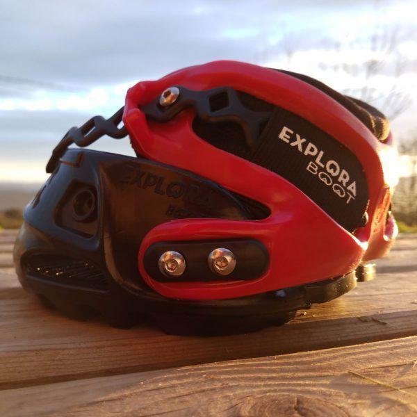Bota para caballos Explora Boot negra y roja